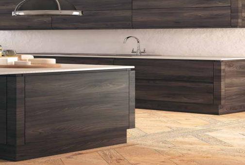 Real wood effect handleless kitchen doors matt handleless for Wood effect kitchen doors